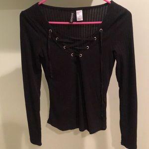 H&M black long sleeve top